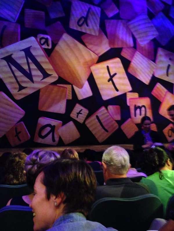 Shubert Theatre, vak: Orchestra Center, rij: E, stoel: 104