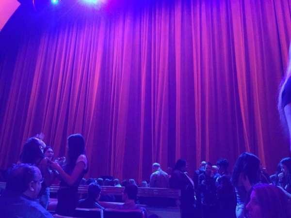 Radio City Music Hall, vak: Orchestra 3, rij: FF, stoel: 314