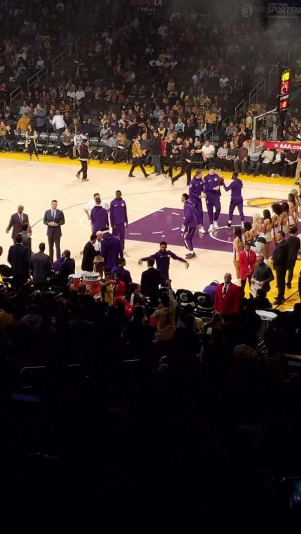 Staples Center, vak: Prem 3, rij: 9, stoel: 2