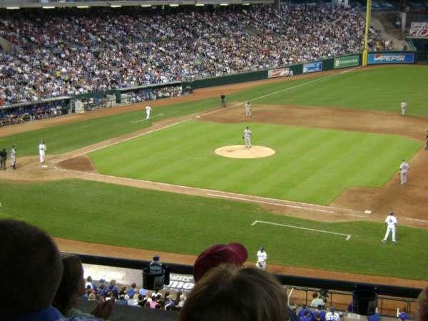 Kauffman Stadium, vak: 234, rij: D, stoel: 7