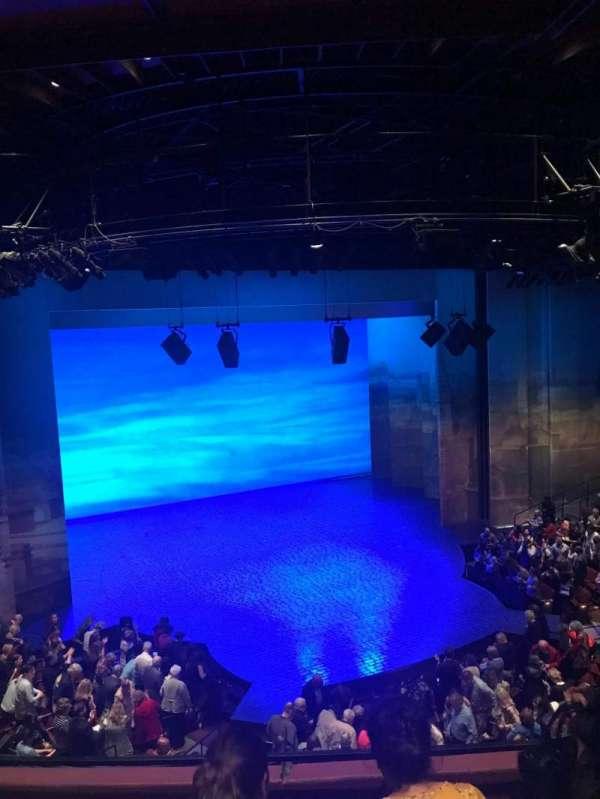 Vivian Beaumont Theater, vak: Loge LC, rij: C, stoel: 208