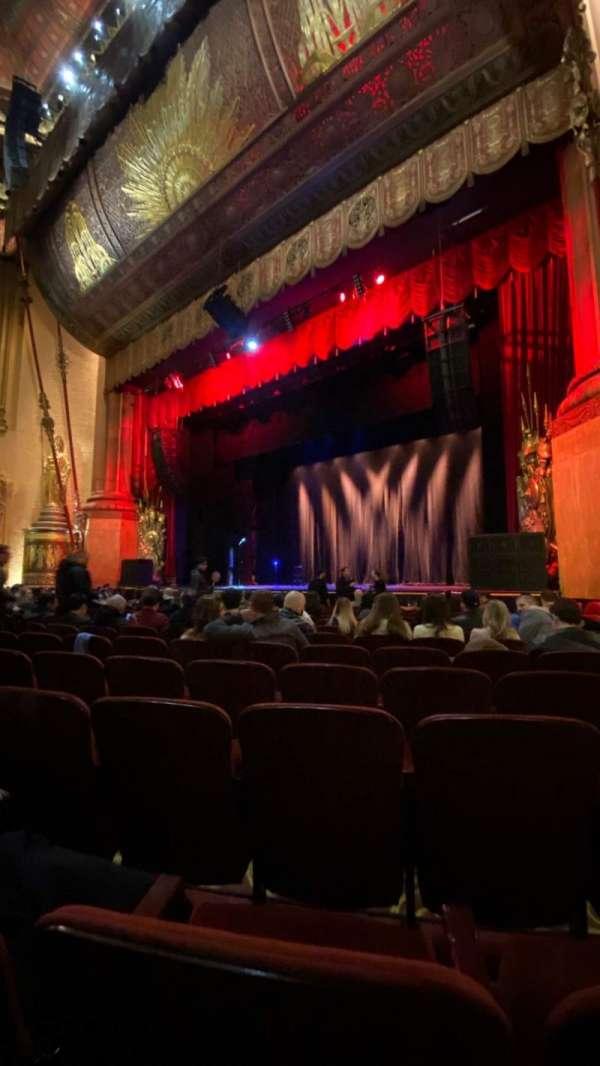 Beacon Theatre, vak: Orchestra 2, rij: H, stoel: 28
