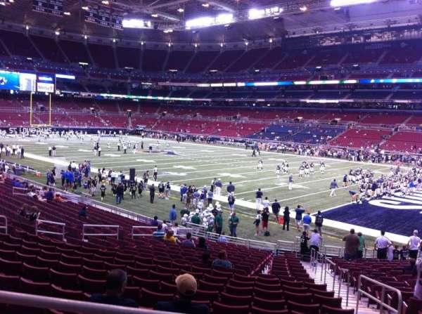 The Dome at America's Center, vak: 136, rij: U, stoel: 2