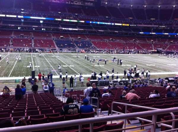 The Dome at America's Center, vak: 143, rij: U, stoel: 2