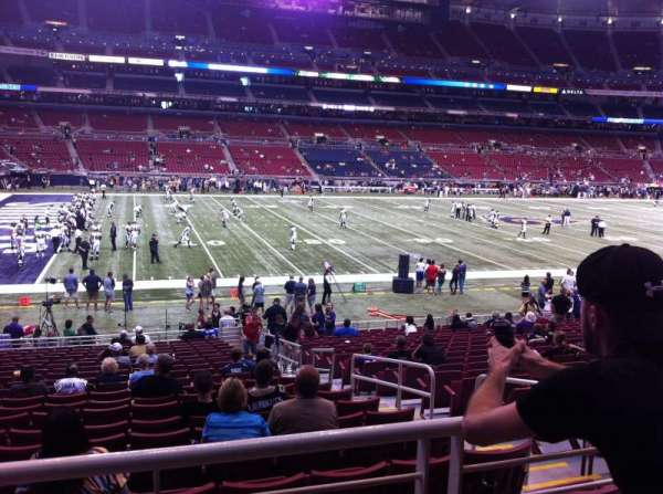 The Dome at America's Center, vak: 145, rij: U, stoel: 3
