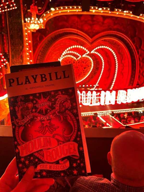 Al Hirschfeld Theatre, vak: MezzL, rij: B, stoel: 5
