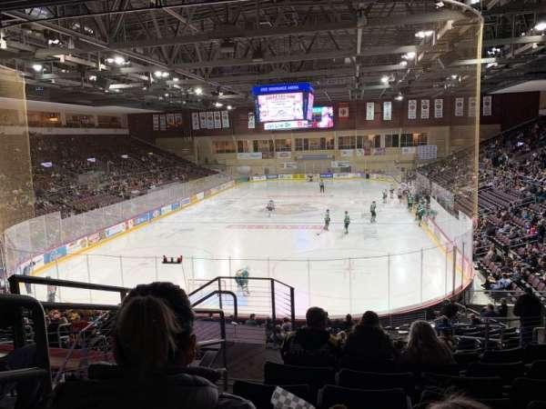 Erie Insurance Arena, vak: 212, rij: V, stoel: 18