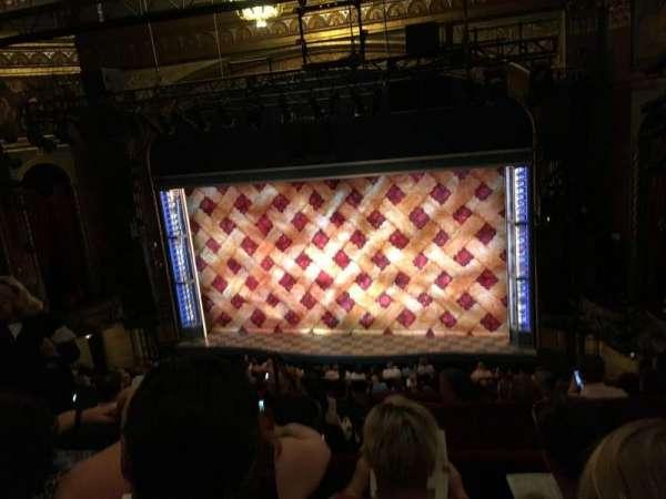 Brooks Atkinson Theatre, vak: Center MEZZ, rij: G, stoel: 106