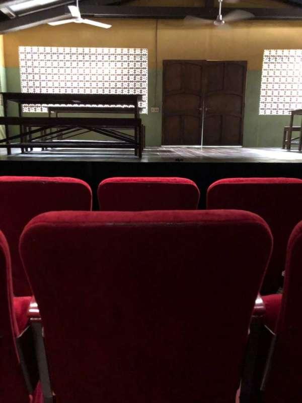 Lucille Lortel Theatre, vak: Orch, rij: C, stoel: 108