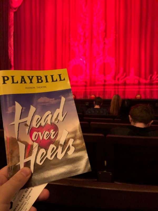 Hudson Theatre, vak: Orch, rij: F, stoel: 114
