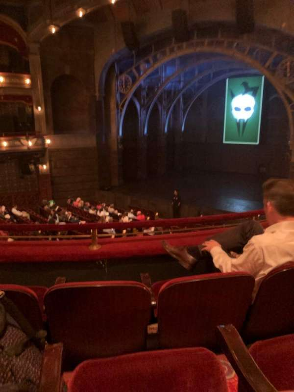 Lyric Theatre, vak: Dress, rij: C, stoel: 8