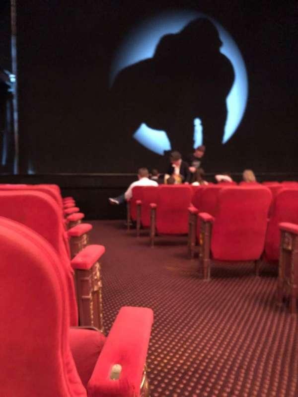 Broadway Theatre - 53rd Street, vak: Orch, rij: J, stoel: 2
