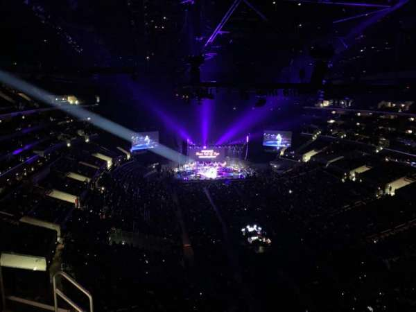 Staples Center, vak: 311, rij: 7, stoel: 19
