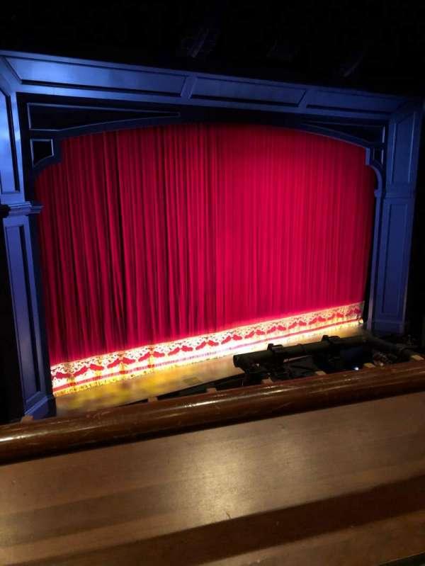 Stephen Sondheim Theatre, vak: Mezzanine L, rij: AA, stoel: 3