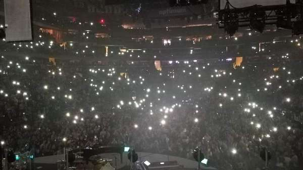 Madison Square Garden, vak: 113, rij: 12, stoel: 1