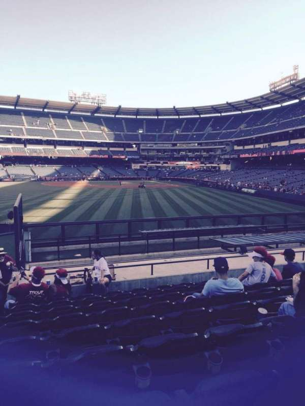 Angel Stadium, vak: P258, rij: r, stoel: 1