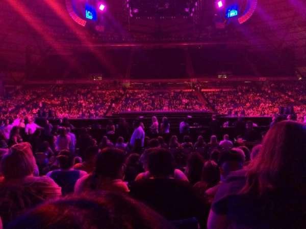 Tacoma Dome, vak: 17A, rij: 8, stoel: 16