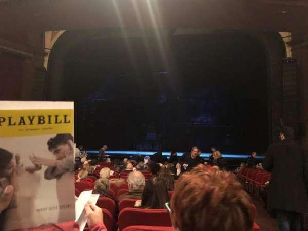 Broadway Theatre - 53rd Street, vak: Orchestra C, rij: R, stoel: 101