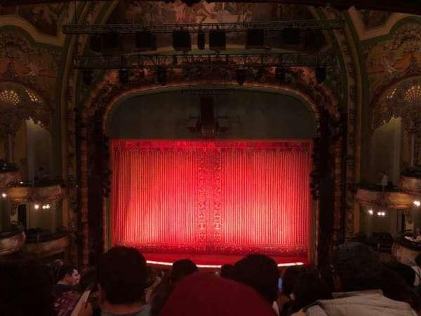 New Amsterdam Theatre, vak: Mezzanine C, rij: JJ, stoel: 105