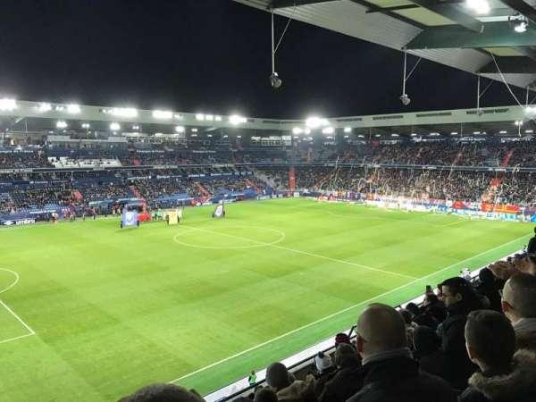 Stade Michel D'Ornano, vak: J9, rij: X, stoel: 220