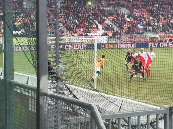 Stadion Galgenwaard, vak: vak-v, rij: 1, stoel: 6