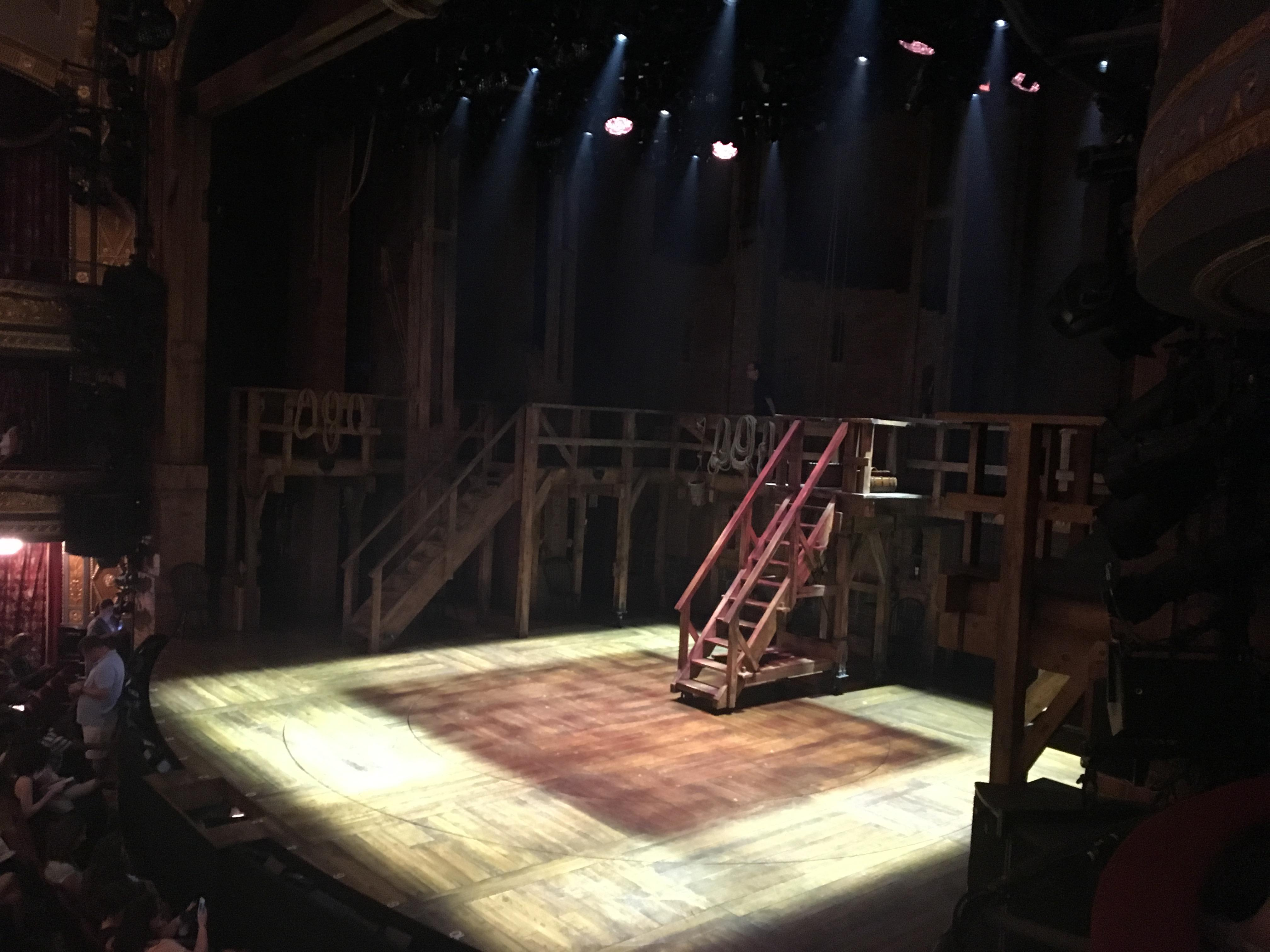 Richard Rodgers Theatre Vak Box E Rij 1 Stoel 2