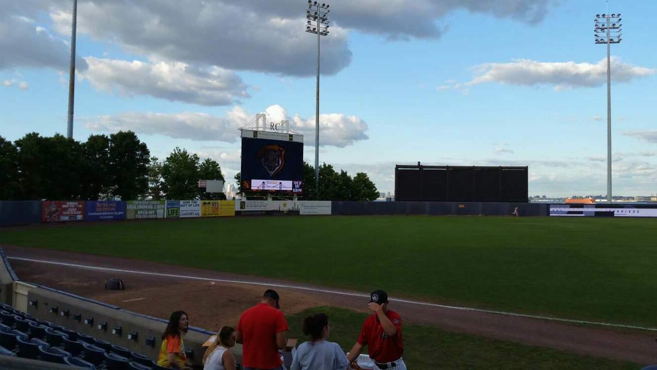 Richmond County Bank Ballpark Vak 4 Rij F Stoel 24