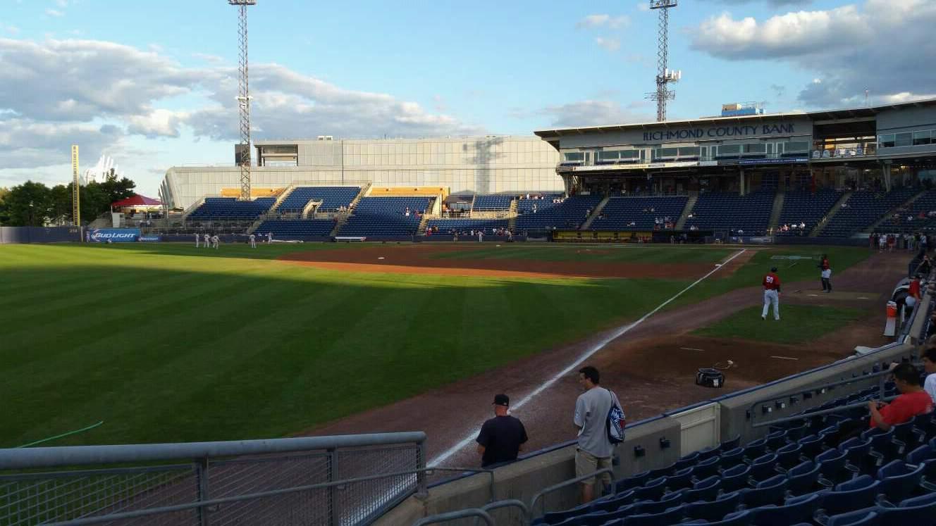 Richmond County Bank Ballpark Vak 1 Rij J Stoel 18