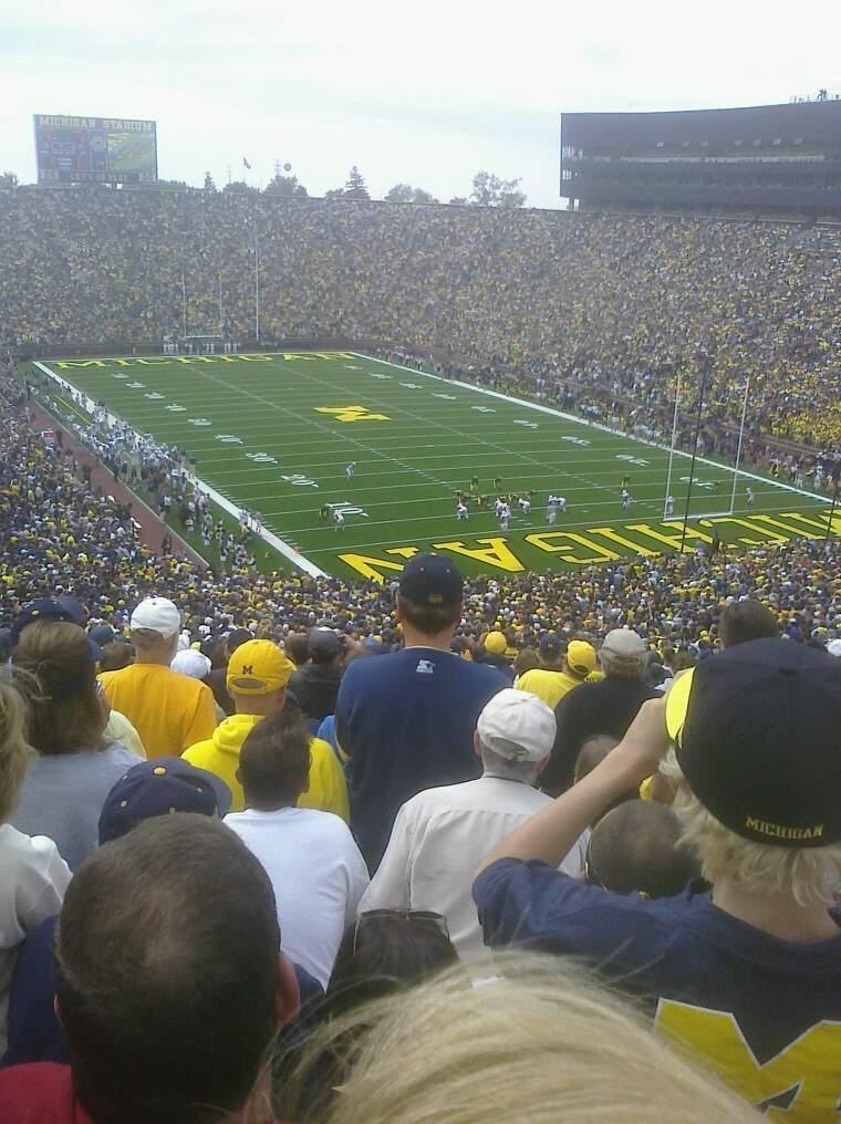 Michigan Stadium Vak 38