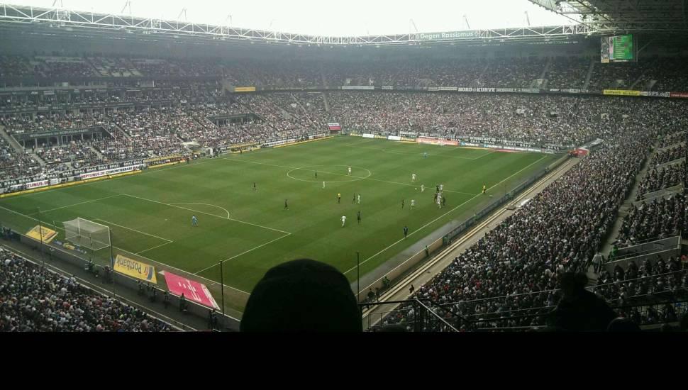 Borussia Park,  Vak <strong>Tribune Est</strong>, Rij <strong>11</strong>, Stoel <strong>108</strong>