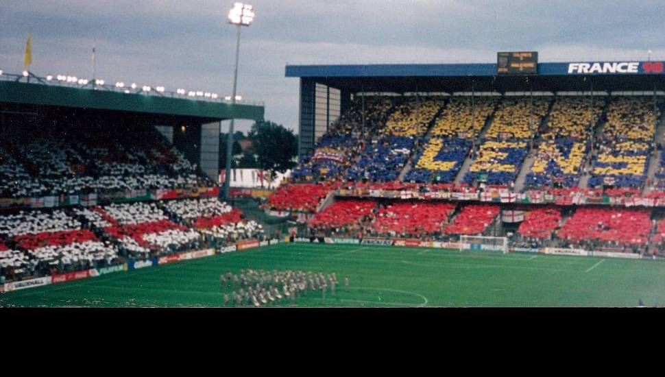 Stade Bollaert-Delelis,  Vak <strong>St Leonard Laterale</strong>, Rij <strong>V</strong>, Stoel <strong>169</strong>