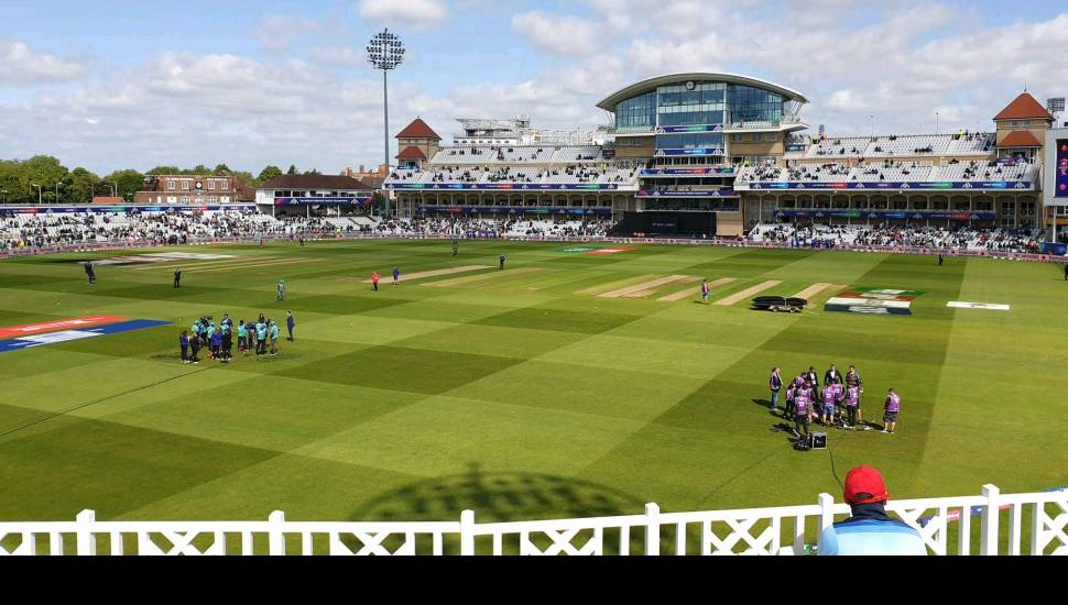 Trent Bridge,  Vak <strong>102</strong>, Rij <strong>6</strong>, Stoel <strong>4</strong>