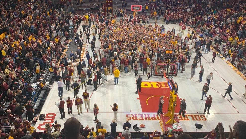 Williams Arena,  Vak <strong>Upper Compton Stand</strong>, Rij <strong>K</strong>, Stoel <strong>123</strong>