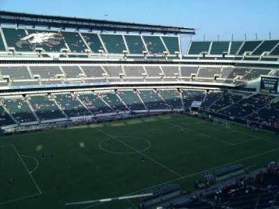 Lincoln Financial Field, vak: 241, rij: 4, stoel: 1