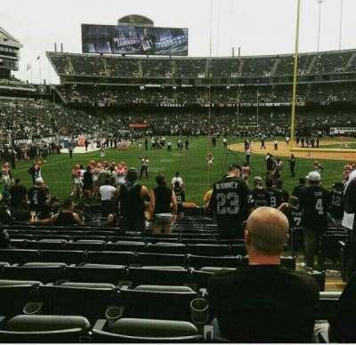 Oakland Alameda Coliseum, vak: 129, rij: 19