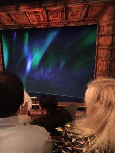 St. James Theatre, vak: Right Mezzanine, rij: D, stoel: 6