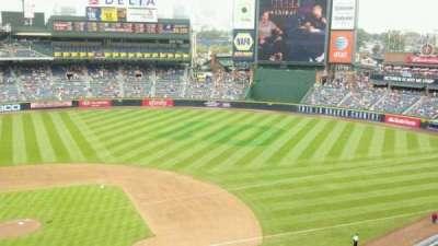 Turner Field, vak: 409, rij: 1, stoel: 7