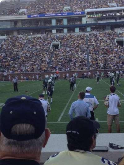 Bobby Dodd Stadium, vak: 128, rij: 4, stoel: 18