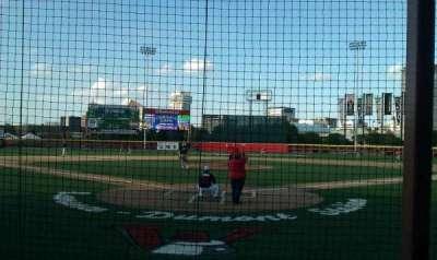 Lawrence-Dumont Stadium, vak: 101, rij: ee, stoel: 6