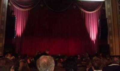 Taft Theatre, vak: Orchestra 2, rij: S, stoel: 10