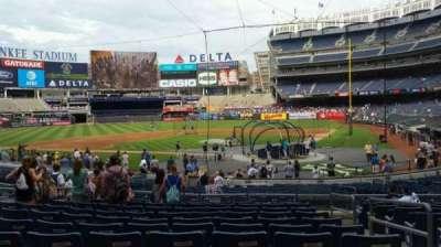 Yankee Stadium, vak: 121B, rij: 11, stoel: 2