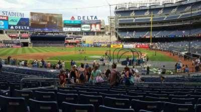 Yankee Stadium, vak: 121B, rij: 11, stoel: 6