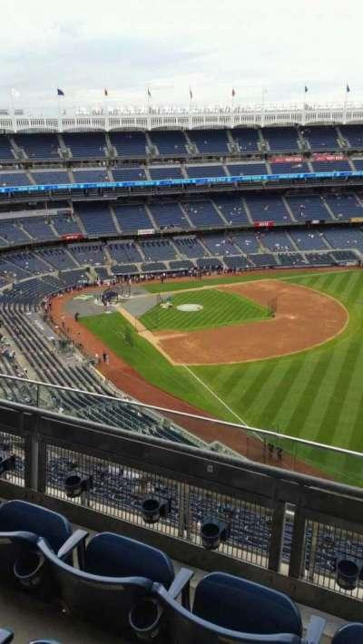Yankee Stadium, vak: 409, rij: 3, stoel: 1