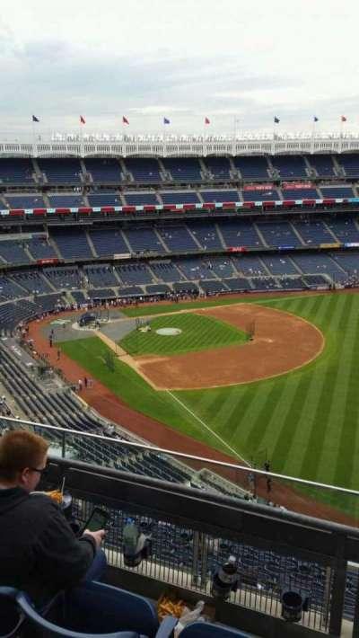 Yankee Stadium, vak: 409, rij: 3, stoel: 5