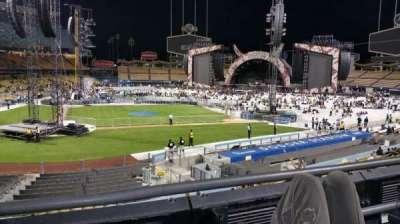 Dodger Stadium, vak: 122lg, rij: B, stoel: 2