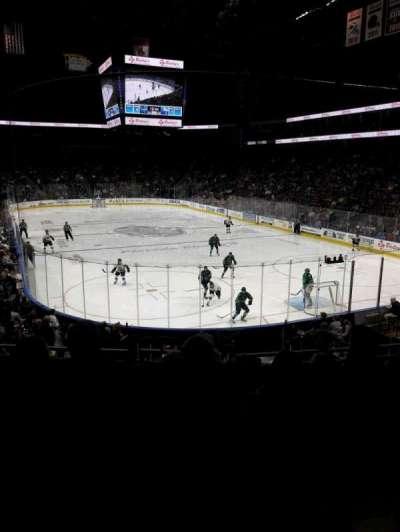 Jacksonville Veterans Memorial Arena, vak: 121, rij: S, stoel: 6
