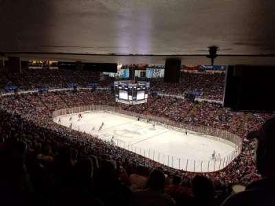 Joe Louis Arena, vak: 218A, rij: 27, stoel: 1
