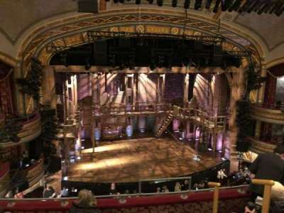 Richard Rodgers Theatre, vak: Front Mezzanine, rij: E, stoel: 7