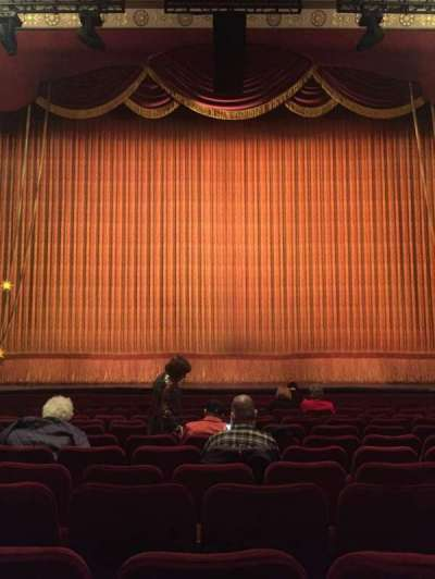 Imperial Theatre, vak: Orchestra, rij: L, stoel: 107