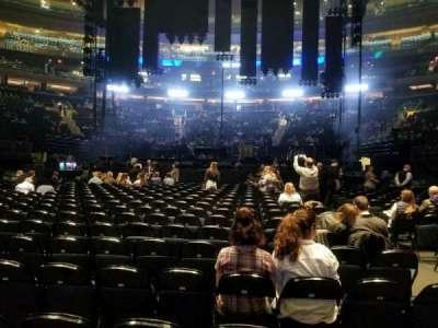 Madison Square Garden, vak: B, rij: 18, stoel: 15
